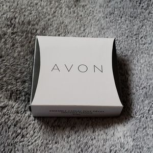 Avon two piece jewelry set
